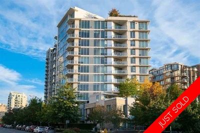 Lower Lonsdale Condo for sale:  2 bedroom 927 sq.ft. (Listed 2017-05-26)